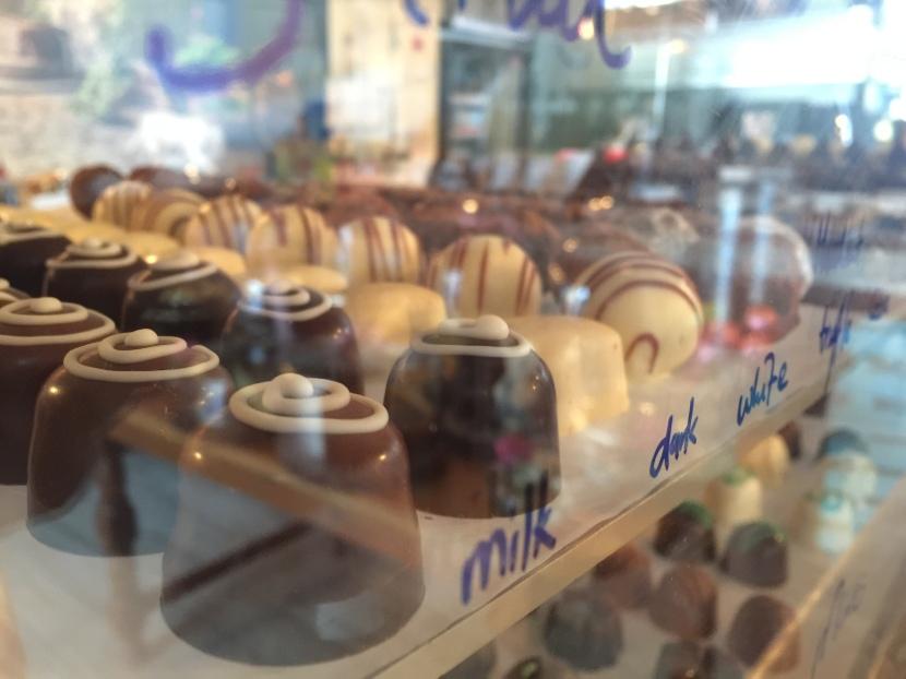 Choco-holic? Check out Chocolat etCafé!